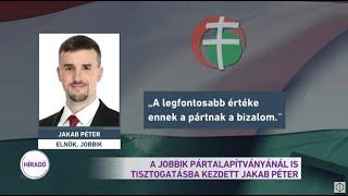 A Jobbik pártalapítványánál is tisztogatásba kezdett Jakab Péter