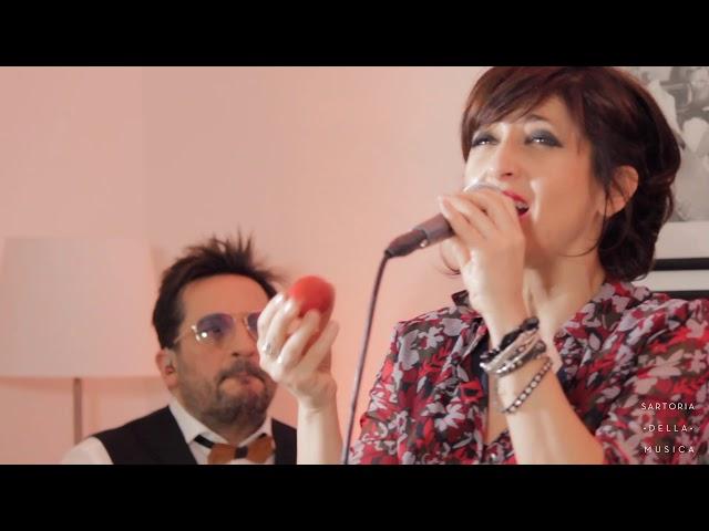Isabella e Stefano - Con il nastro rosa
