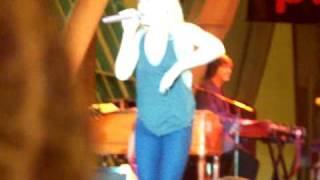 Leann Rimes - 4/4/09 - Big Deal