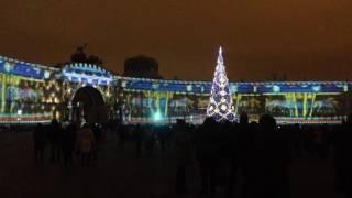 Шоу на Дворцовой площади в Петербурге