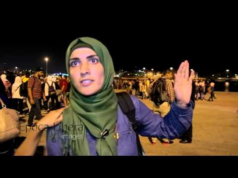 Greece: Refugee ship arrives in Athens as Syrian exodus continues