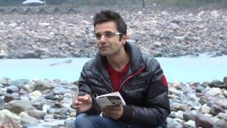 The difference between law of attraction and law of love by Sandeep Maheshwari (in Hindi)
