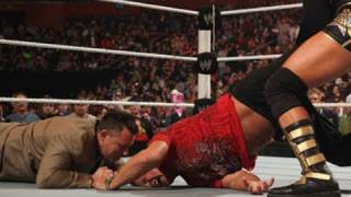 Raw: Jerry Lawler and Michael Cole agree to a WrestleMania match