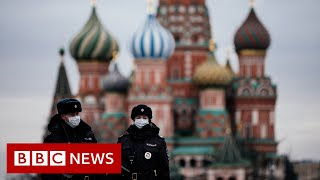 Coronavirus: Moscow goes into lockdown - BBC News