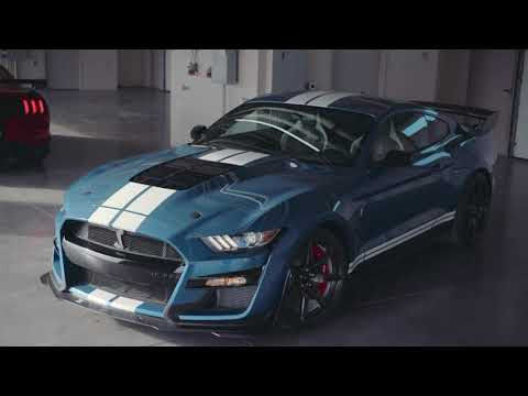 Ford Shelby Mustang GT -