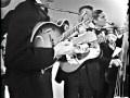 Dillards playing Buckin Mule (broken string version)