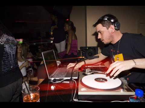 DJ AM 5 of 6