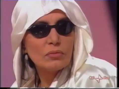 Loredana Berte' - Music Farm 2004 (puntata serale n. 3)