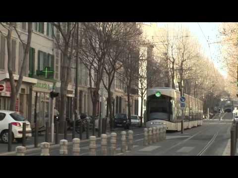Maladies Rares Info Services dans le tramway à Marseille en 2012