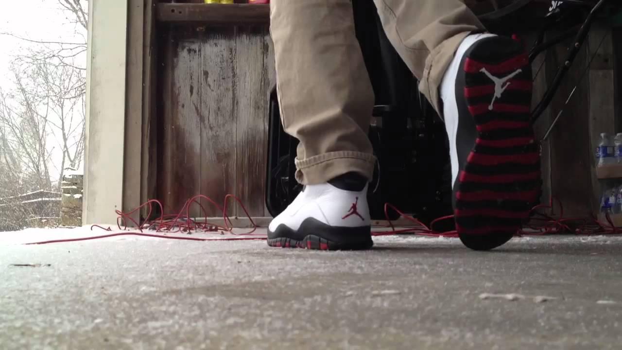 online retailer d8c6e 97a0b Air Jordan X Retro 10 Chicago On Feet 2012 HD - YouTube