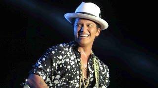 Bruno Mars Grenade from Rock In Rio