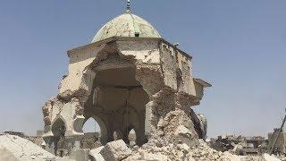 由緒ある貴重なモスク(イスラム教礼拝所)一帯が粉々に崩れ落ちていた...