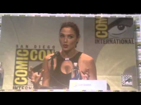 Gal Gadot On Seeing Wonder Woman Suit For First Time #SDCC - Zennie62