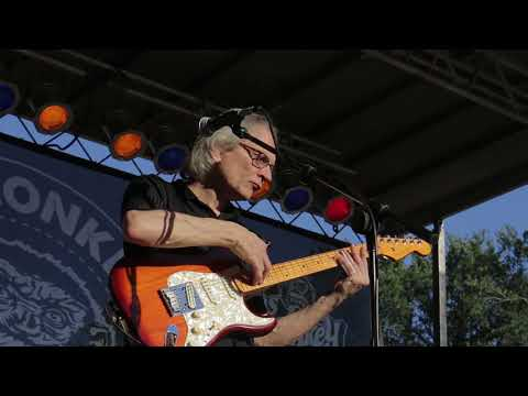"sonny-landreth---""milky-way-home""-(live-at-the-2017-dallas-international-guitar-show)"