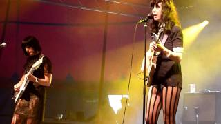 Dum Dum Girls - There Is A Light That Never Goes Out (The Smiths Cover) (Hultsfred, Sweden 2011)