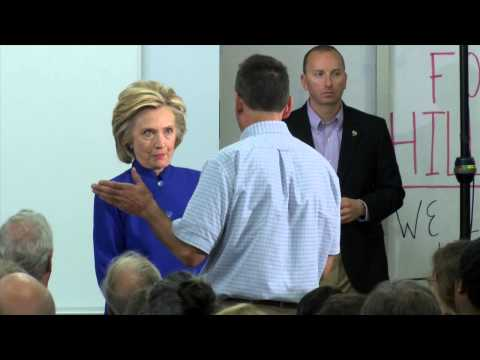 Hillary Clinton Visits River Valley Community College - YCN News 8.11.15