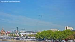 Авиационная часть парада 9 Мая 2013(Слайдшоу из фотографий, в начале и конце подлинная аудиозапись радиопереговоров. Лучше всего просматриват..., 2013-05-14T16:12:05.000Z)