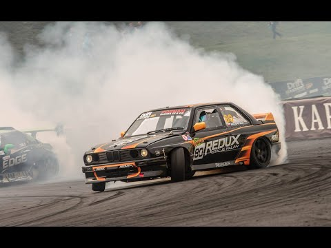 BMW E30 ★★★♚ MASSIVE Burnouts Donuts and Drifts ♚ ★★★