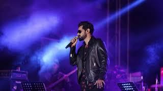 Naino Ne Bandhi | Yasser Desai Live | GOLD