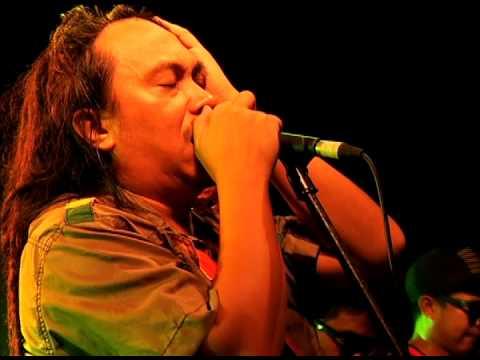 JECK PILPIL & PEACEPIPE - Watawat (Bob Marley Day Manila 2014)