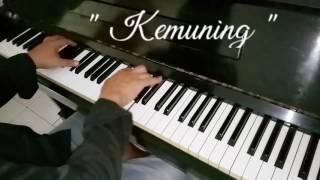 Piano solo Kemuning Ariyanto 1977 Davi Bachroedin Piano Solo