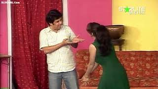 New Full Comedy Clip Saima Khan, Qaiser Piya And Naseem Vicky