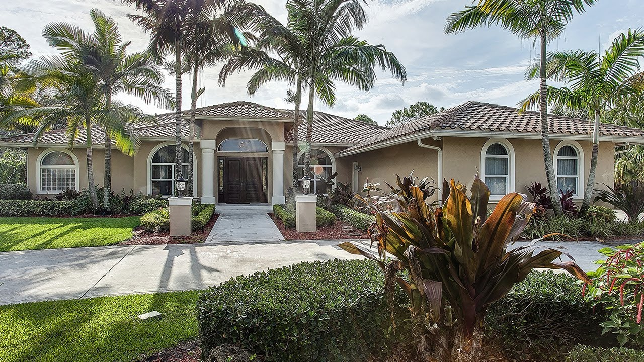 8230 Steeplechase Drive Palm Beach Gardens Florida 33418