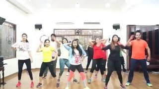 Ladki Beautiful Kar Gayi Chul | Zumba Fitness Choreography by ZIN Manisha
