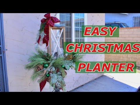Easy Christmas Planters With Lantern / Christmas Outdoor Decorating