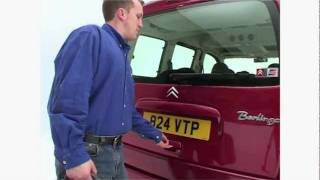 Citroen Berlingo review - What Car?(Read the What Car? Citroen Berlingo review http://bit.ly/zIB5oM If you're looking for a spacious, practical family MPV at a low price, the Berlingo makes a good ..., 2012-01-24T10:10:46.000Z)