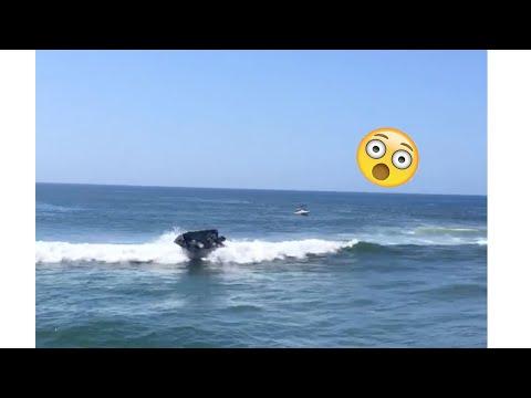 Fisherman CAPSIZES TINNIE Crossing Very DANGEROUS BAR!! (BRUNSWICK HEADS)