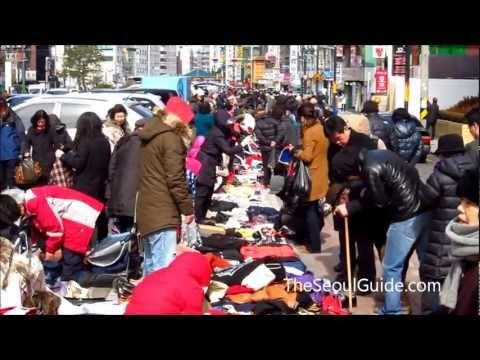 Seocho Saturday Flea Market in Seoul, South Korea