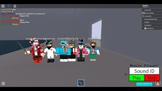 SWORD FIGHTING WITH YOU BOIS! (Roblox)