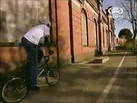 Tricks and tips - BMX Bunny hop