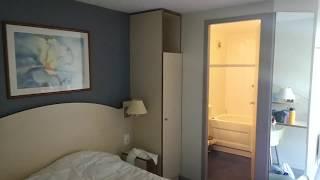 Обзор номера во Французком отеле,Kyriad Annecy Cra...