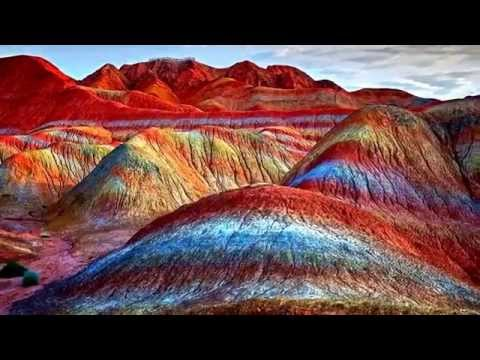 Natural wonders - Rainbow Mountains (China)