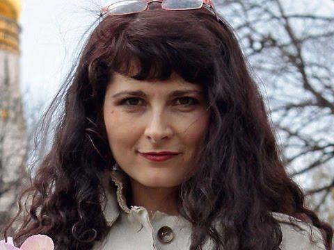 Ева Меркачева прибыла на допрос в СКР (МК)