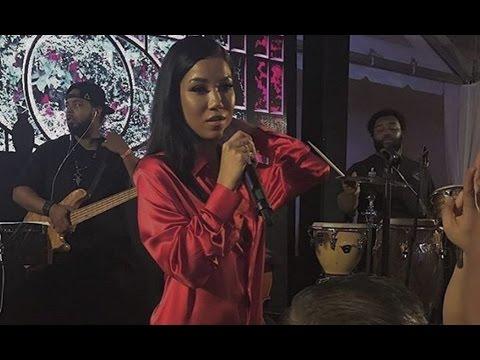 Jhene Aiko Sexy Performance In Miami