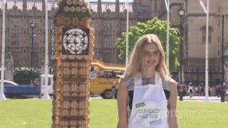 Donna Air and Alzheimer's Society create giant Big Ben