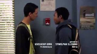 Community - La alarma de incendios con Abed y Troy (Subtitulado)