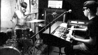 Archie and The Bunkers cover, New Kind of Kick by The Cramps