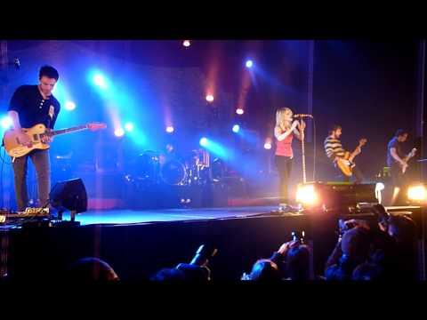 Paramore - I Caught Myself HD (London Wembley Arena 18/12/2009)