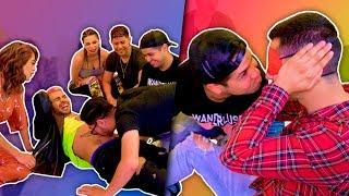 YouTubers jugando a la Botellita  | Todos terminan peleados