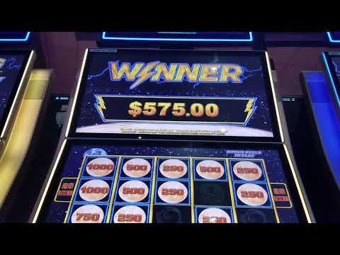 ALL $25 Bets Moon Race Lightning Links Slot Machine