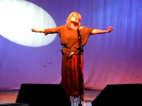 Eddi Reader Live The Moon Is Mine Wickham Festival 2011 Fairground Attraction