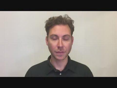 Green Light Innovations - Spectrum Light Frame Message Board - 20X24  Features Video