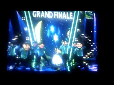 indian idol grand finale performance by ranita 6.9.2015