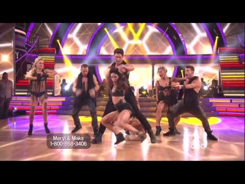 Maksim Chmerkovskiy & Meryl Davis dancing Salsa on DWTS 4 28 14