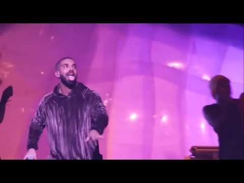 DRAKE - FUNNY MOMENTS ON STAGE (with rihanna, lil wayne and nicki minaj)