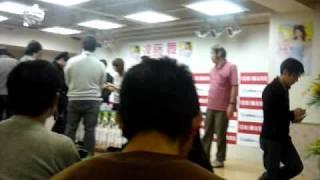 遠藤舞の写真DVD「まいぷるモード」のイベント.